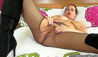 British milf vintage rascal wears crotchless be dying for